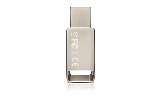 USB 2.0 flash disky ADATA UV130 32GB, kovová