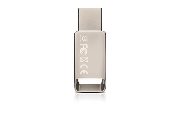 USB 2.0 flash disky ADATA UV130 8GB, kovová