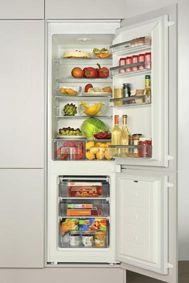 Vestavná lednička Amica BK 316.3