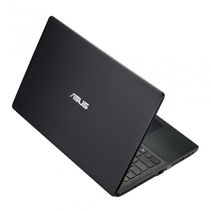 Základní notebook Asus X551CA-SX074H