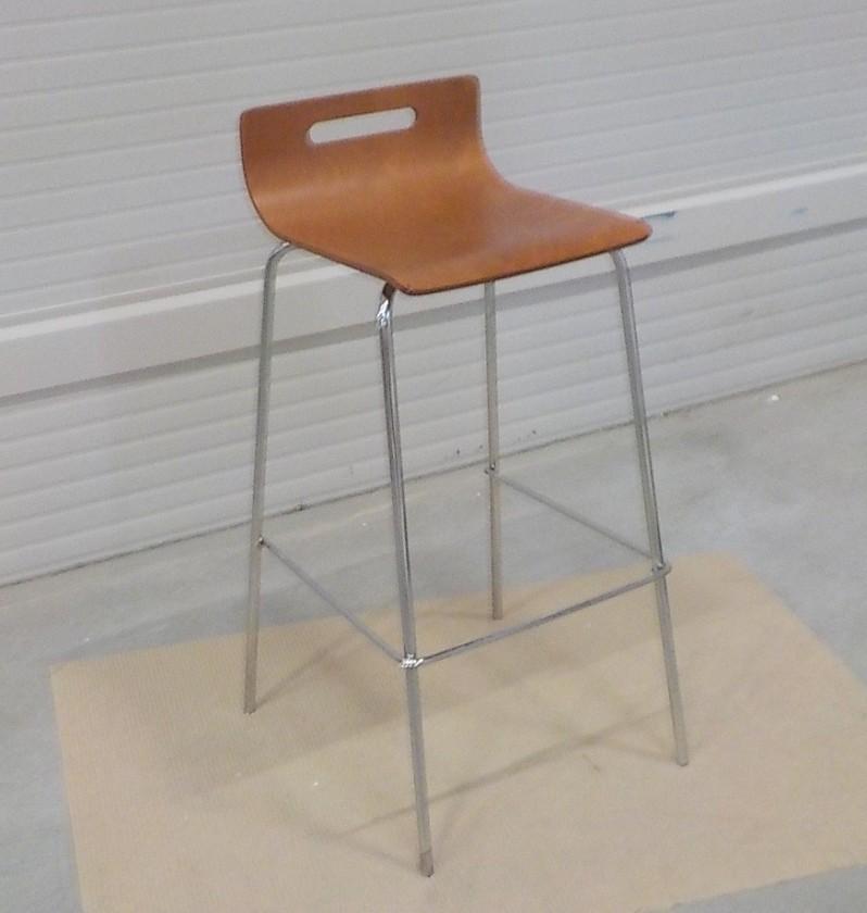 Zlevněné kuchyně, jídelny SINTE-S židle barová kovová, sedák překližka - II. jakost