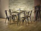 Industriální nábytek – jednoduchý, funkční, moderní